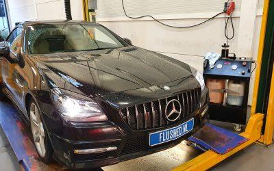 Mercedes SLK 200 Automaatbak Spoelen