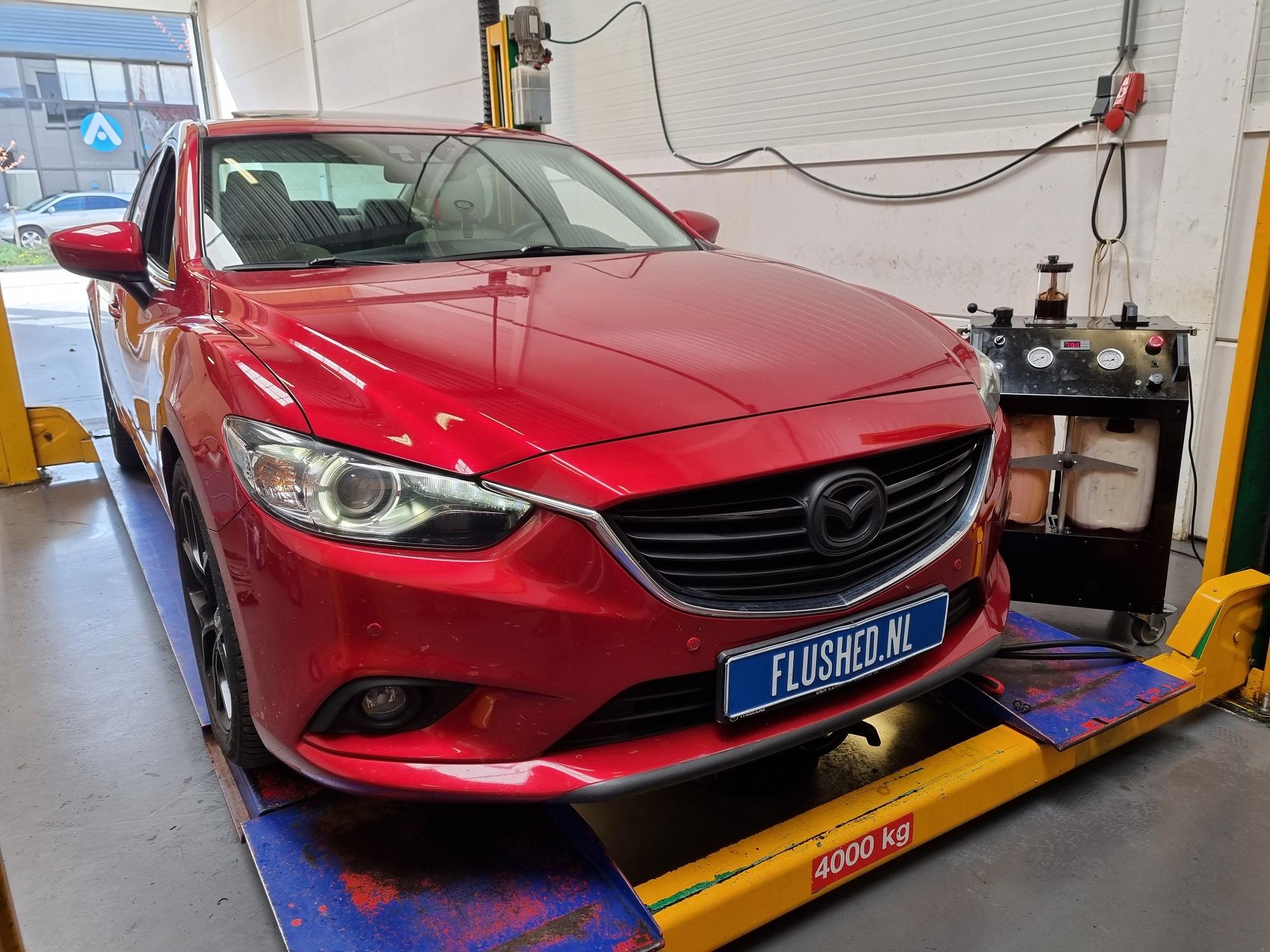 Mazda 6 Automaatbak Spoelen