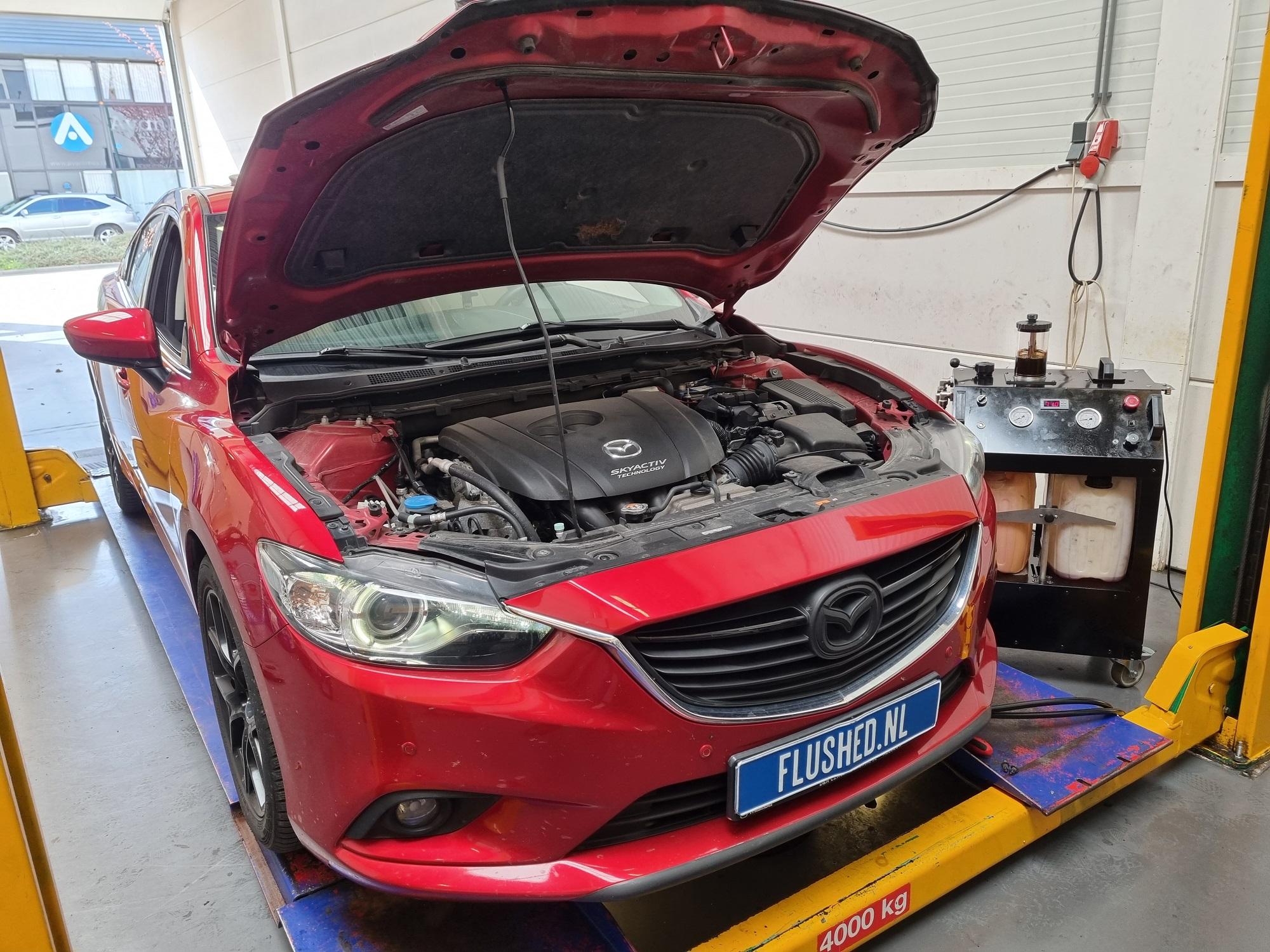 Mazda Automaatbak Spoelen