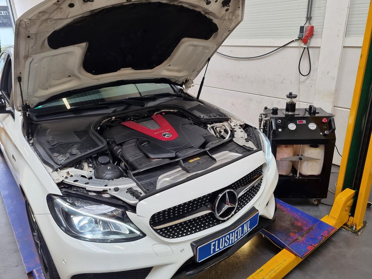 Mercedes Automaatbak Spoelen